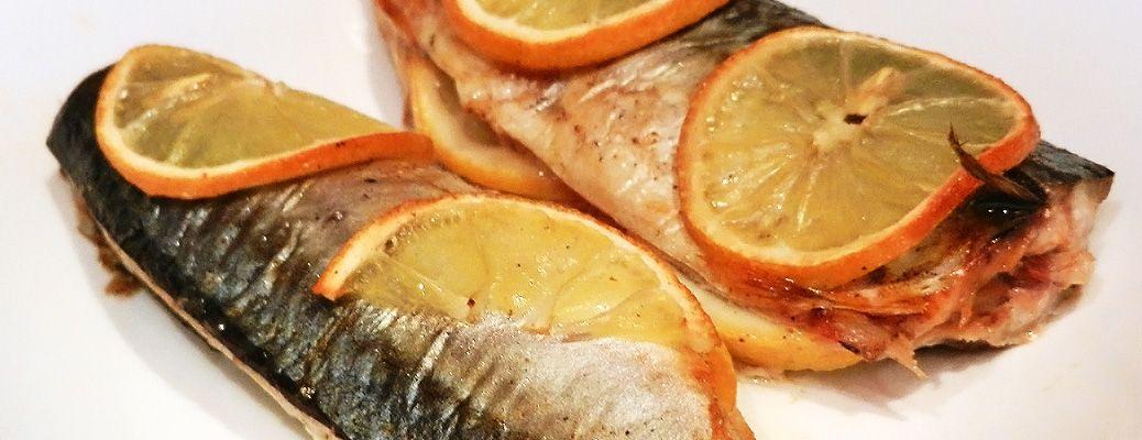 Read more about the article Запеченная скумбрия с лимоном (без фольги): вкусно, быстро и дешево