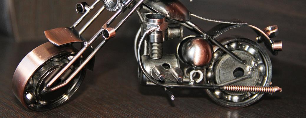 Металлическая модель мотоцикла