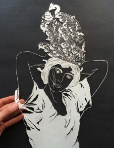 Папер арт. Девушка вырезанная из бумаги