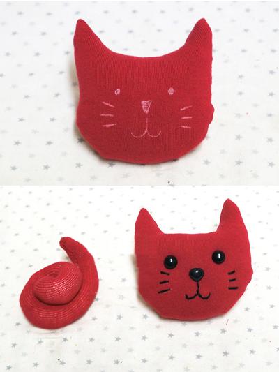 Подушка в виде котенка